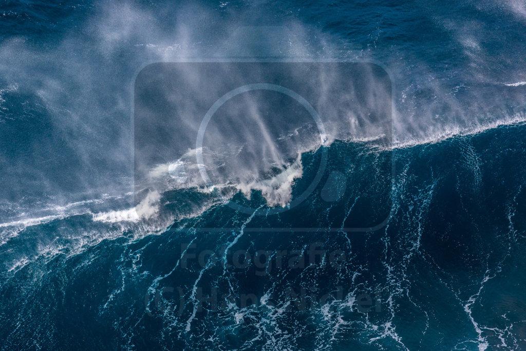 01 - Welle bricht, Wind der zischt